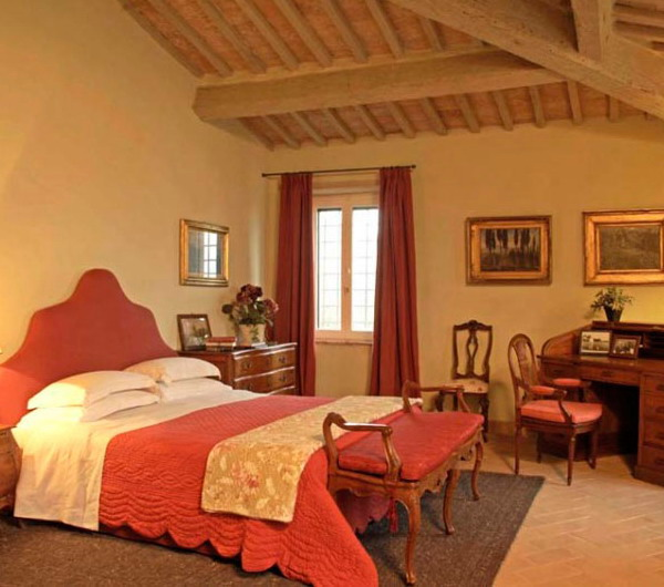 italian-traditional-bedrooms