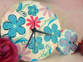 diy-pop-art-decoupage-clocks1