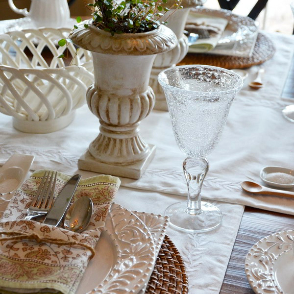 casual-table-setting