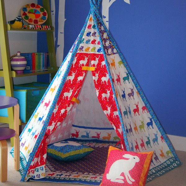 play-tents-in-kidsroom