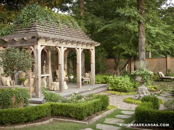 gazebo-and-garden-in-old-european-style1