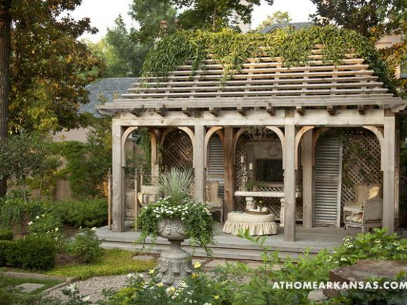 gazebo-and-garden-in-old-european-style2