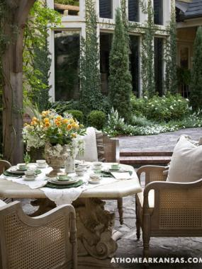 gazebo-and-garden-in-old-european-style6
