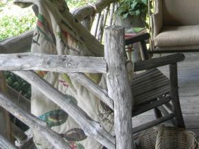 rustic-style-porch-show-tour7