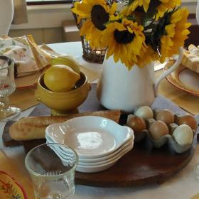 breakfast-in-provence-table-setting11