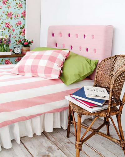 diy-soft-fabric-headboard1