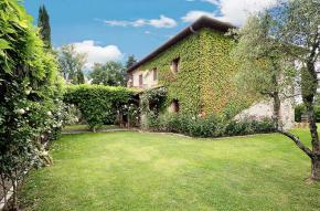 tuscany-traditional-luxury-villa1