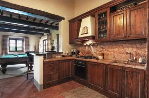 tuscany-traditional-luxury-villa14