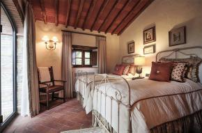 tuscany-traditional-luxury-villa20