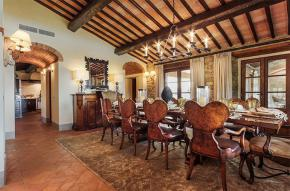 tuscany-traditional-luxury-villa8