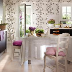 spanish-house-full-of-flowers-and-light9