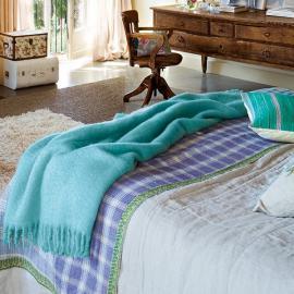 charming-vintage-feminine-bedroom8