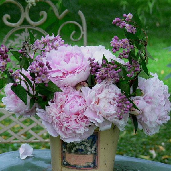 peonies-centerpiece-ideas