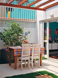 brazilian-designer-colorful-home11