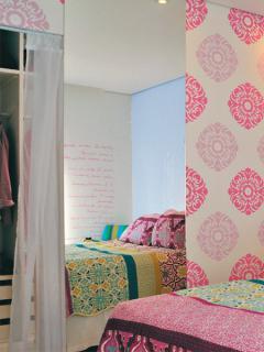 brazilian-designer-colorful-home16