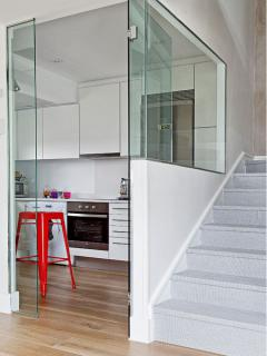 mini-duplex-loft-for-woman-kitch4