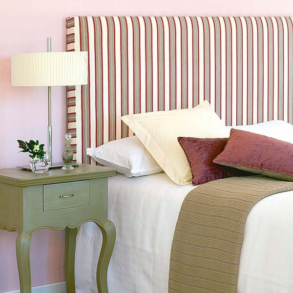 how-to-choose-nightstands-to-upholstery-headboard