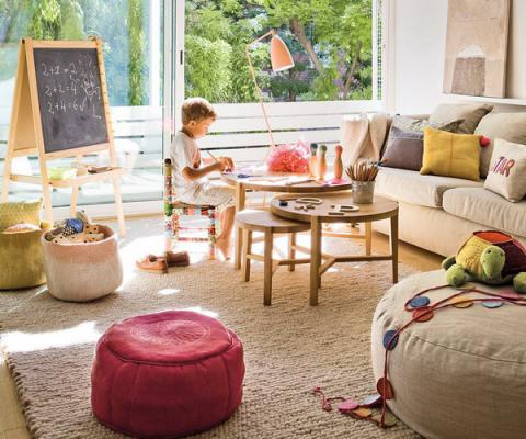 livingroom-for-childrens-and-parents1