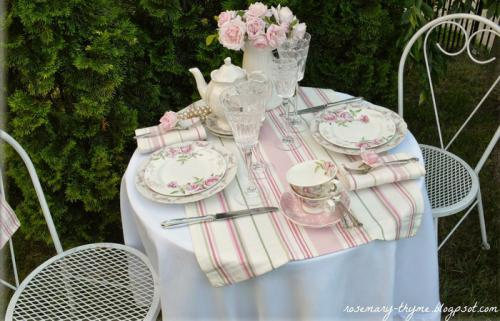 summer-afternoon-tea-in-garden1