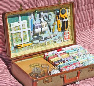 diy-crafty-suitcase1