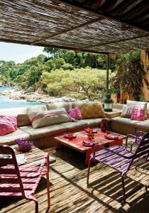 outdoor-livingrooms-12-inspiring-solutions3