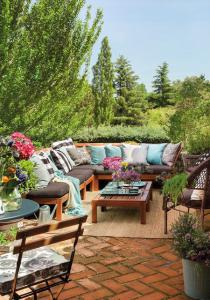 outdoor-livingrooms-12-inspiring-solutions6