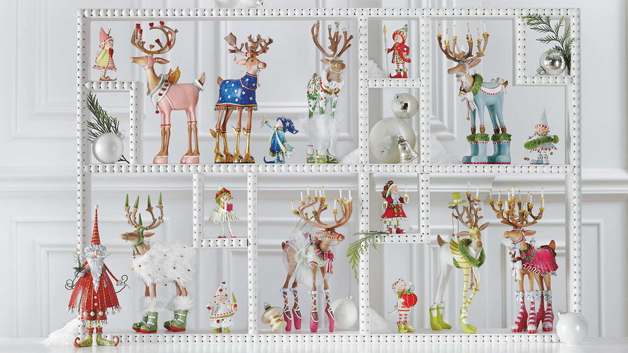 reindeers-and-elves-figurines-collection1