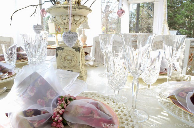 shabby-chic-valentine-day-tablescape4