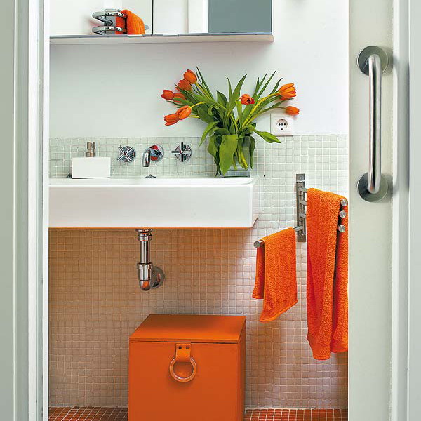 splash-of-exotic-colors-for-bathroom2