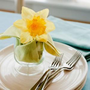 spring-flowers-creative-vases1-4-1