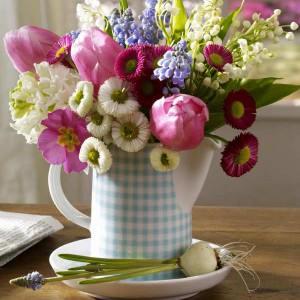 spring-flowers-creative-vases3-3-2