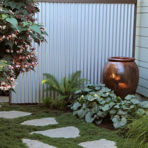 creative-use-large-pots-and-containers-in-garden15-1
