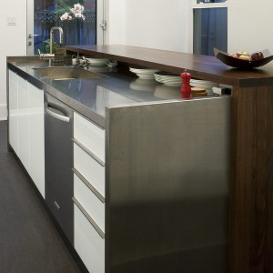 smart-concealed-kitchen-storage-spaces16-1