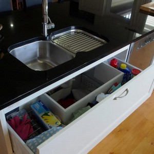 smart-concealed-kitchen-storage-spaces17-1