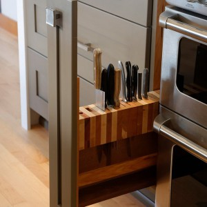 smart-concealed-kitchen-storage-spaces3-1