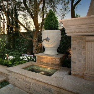 how-to-choose-fountain-for-your-garden6-1