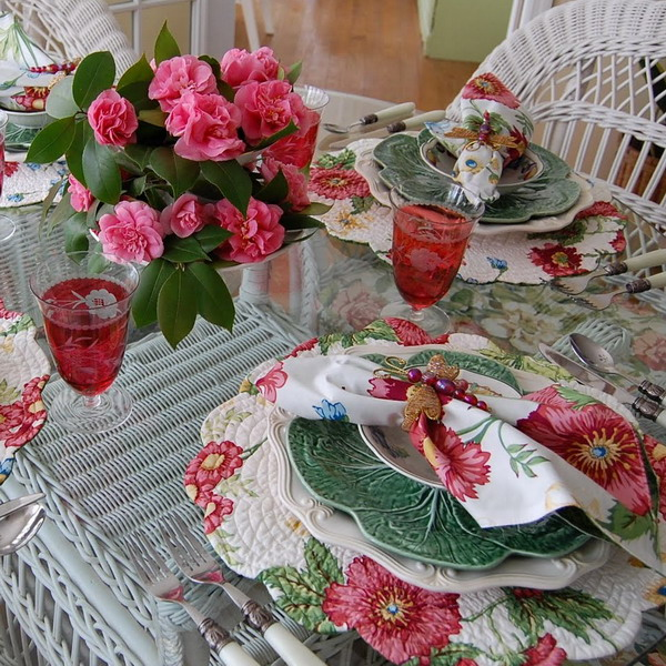 spring-tablescape-with-camellias