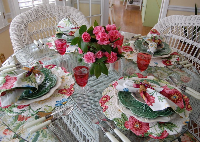 spring-tablescape-with-camellias2