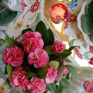 spring-tablescape-with-camellias8