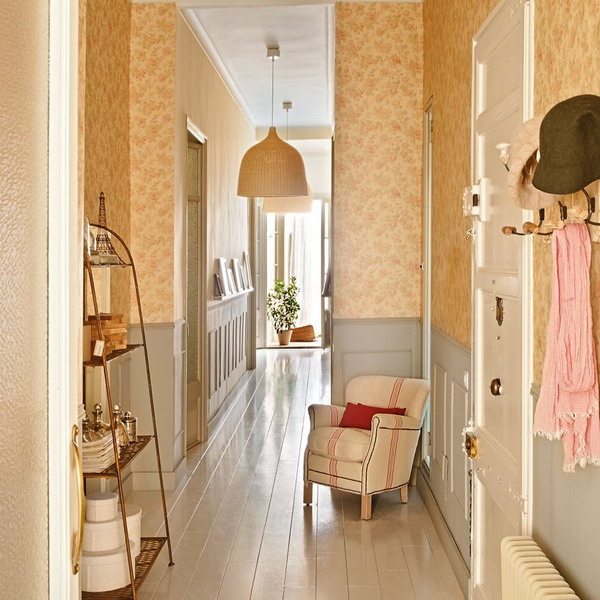 long-hallway-decorating-ideas