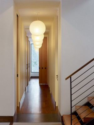 long-hallway-decorating-ideas14-1