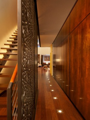long-hallway-decorating-ideas16-4