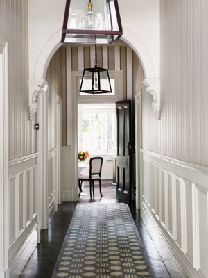 long-hallway-decorating-ideas3-2