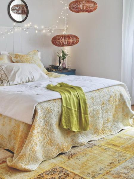 update-bedroom-to-add-romantic-mood2