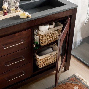 cosmetics-organizing-in-bathroom15-1