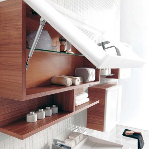 cosmetics-organizing-in-bathroom23-1