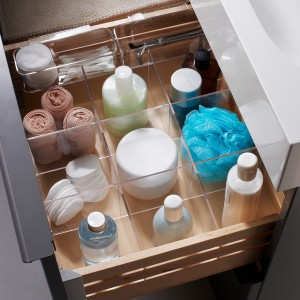 cosmetics-organizing-in-bathroom7-2