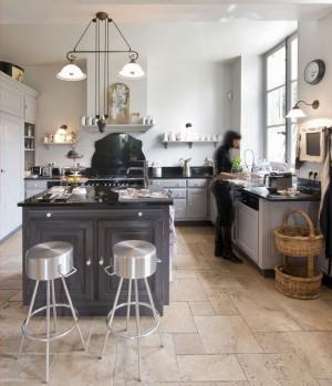 chantal-thomass-house-in-mortagne-au-perche8