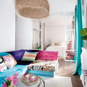 feminine-apartment-with-bright-accents1
