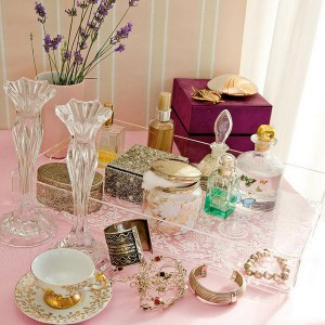 20-reasons-to-buy-beautiful-tray11-1